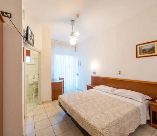 Bright and spacious rooms
